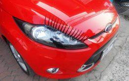 車のまつ毛